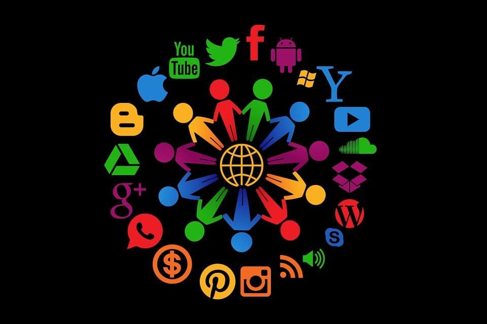 Social Media Social