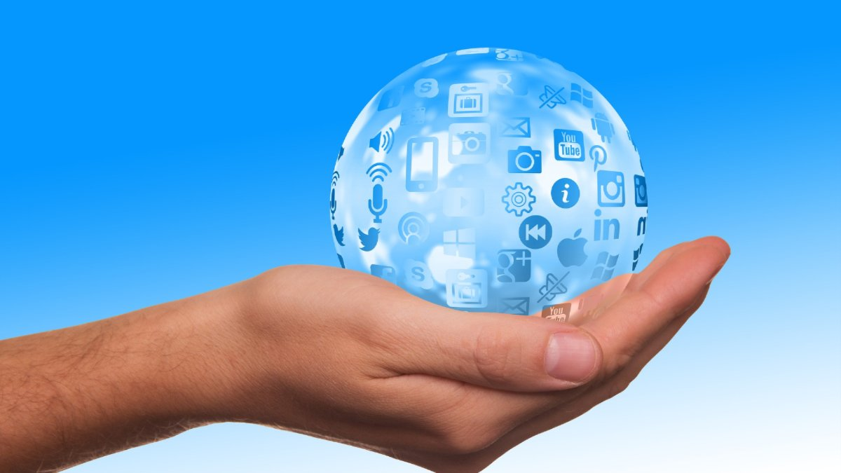 Social Network Communities