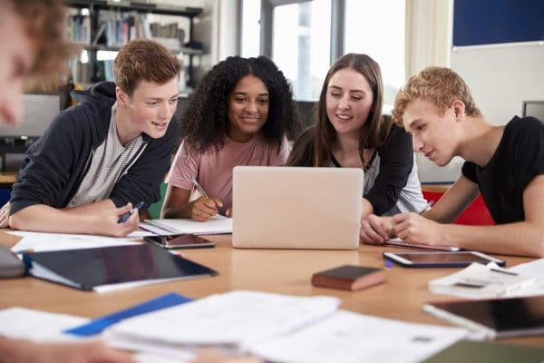 Group college online courses